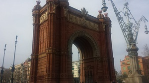 Not to be confused with the Arc de Triomph in Paris. This one is in Barcelona