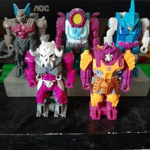 Decepticon pretenders #transformers