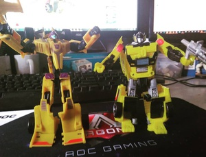 Sunstreaker and Drag Strip #transformers #dilawan
