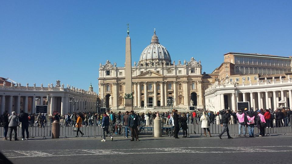 There's a 2-3 hour line to get into the Basilica