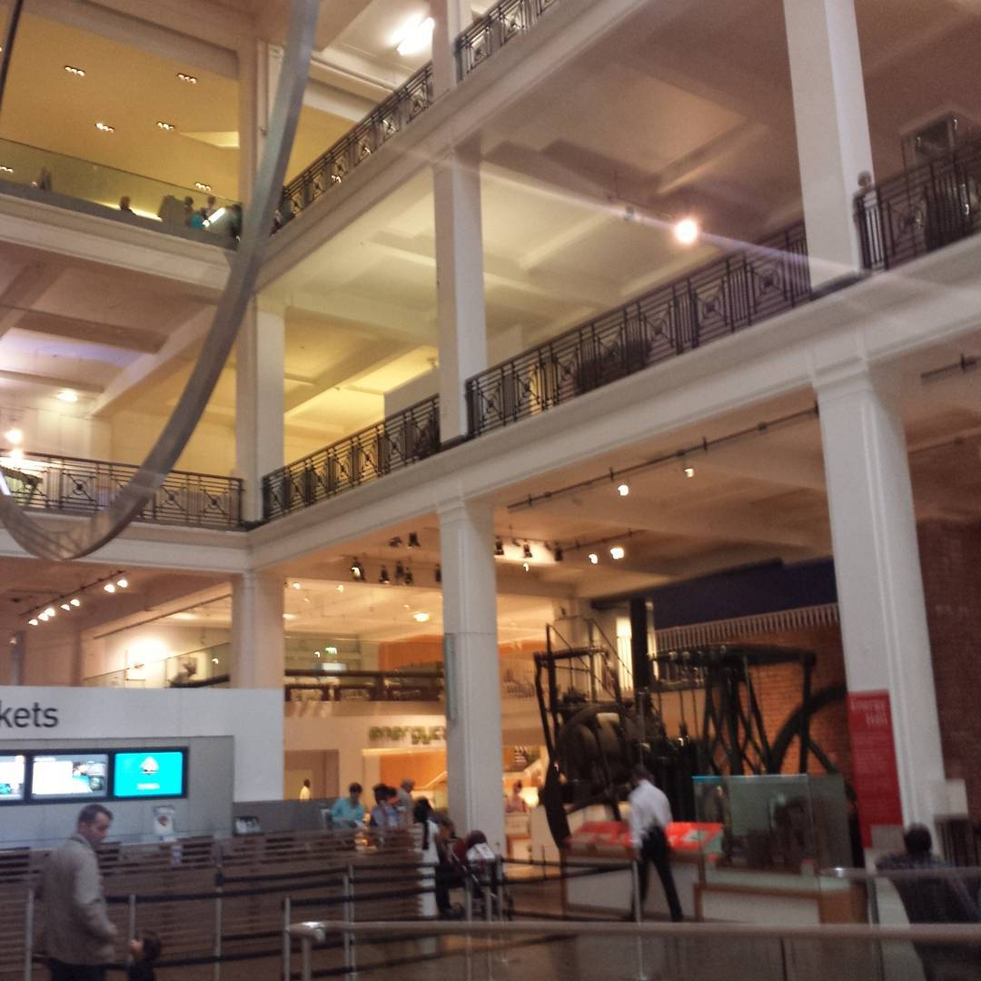 Passed by the Science Museum as well. Feels like a mad scientist lab #tourist