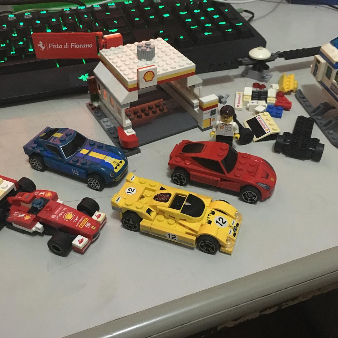 I was supposed to be cleaning stuff in my room but I somehow ended up putting together some long-disassembled Legos